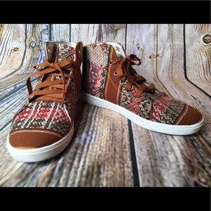 Shoes - Tribal woven hi-tops